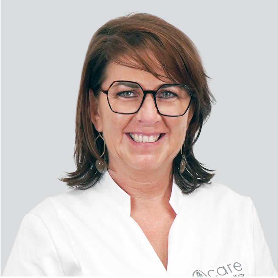 Coach Isabel De Wilde